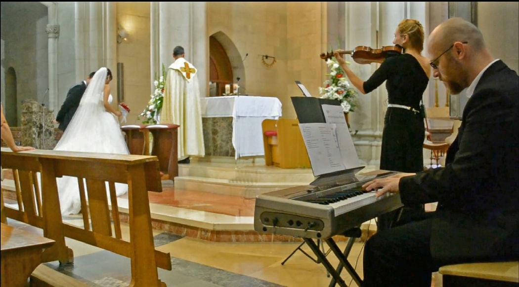 Ceremonia religiosa en el Templo Expiatorio del Sagrado Corazón en Barcelona