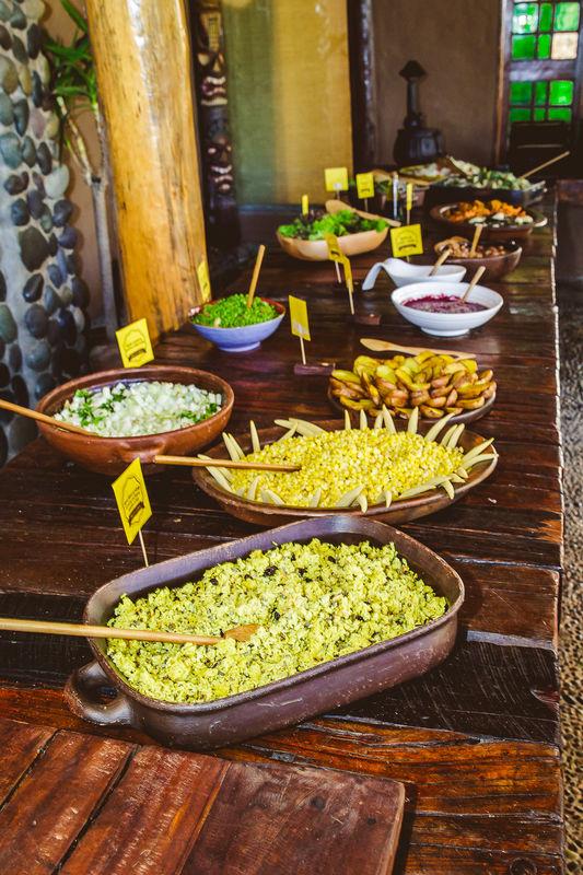 Buffet de ensaladas en La Arbequina