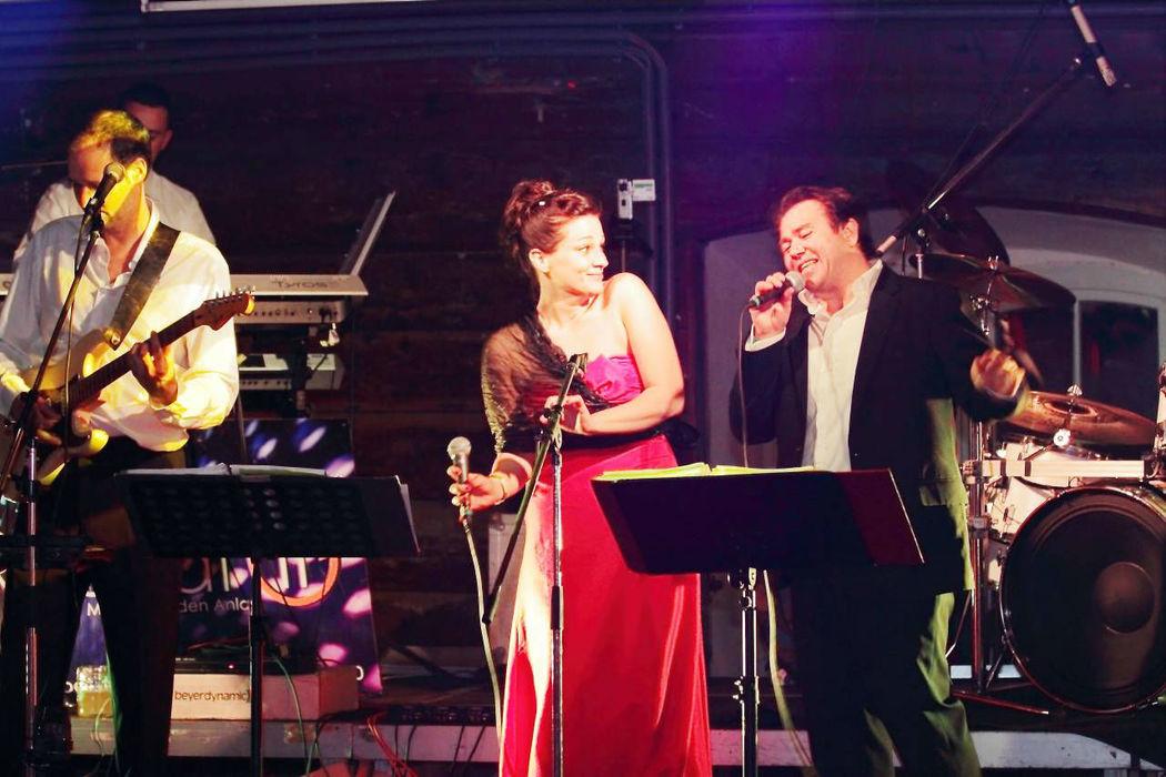 Beispiel: Hochzeitsband, Foto: Repeat it.