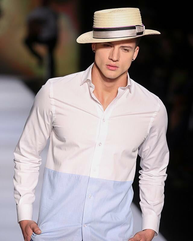 Camisas y sombreros para el Caribe