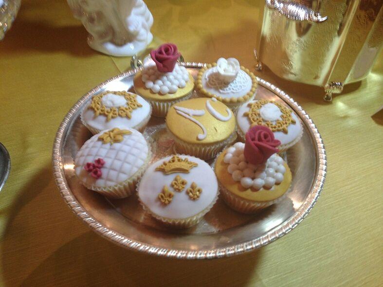 Cup Cakes per confettata in stile barocco