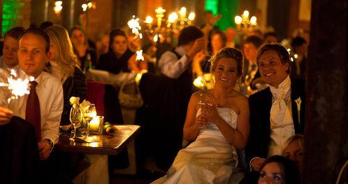 Beispiel: Hochzeitsgesellschaft, Foto: Landhotel Beverland.