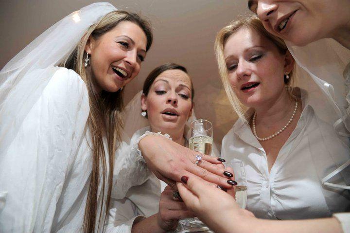 Beispiel: Brautstammtisch, Foto: FLAIRELLE
