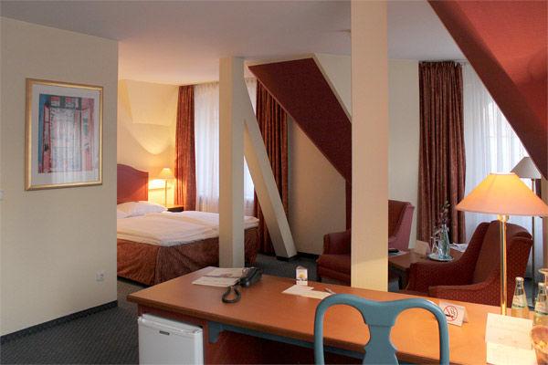 Beispiel: Hotelzimmer, Foto: AKZENT Hotel Am Goldenden Strauss.