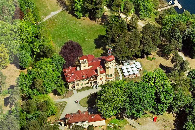 Beispiel: Außenansicht - Vogelperspektive, Foto: Schloss Hubertushöhe.