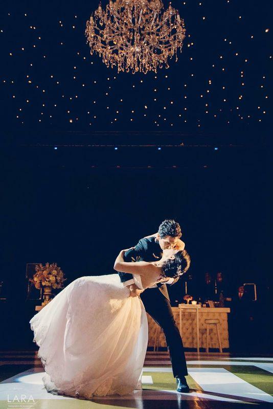 Que gran orgullo poder ver este momento de Lourdes & Gianmarco, su baile Principal fué un Sueño que lograron realizar gracias a su esfuerzo. Que Viva el Amor!