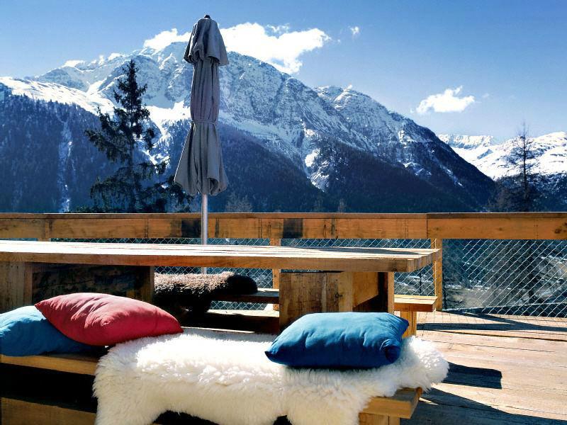 Beispiel: Landschaftsblick - Terasse, Foto: Hotel Castell.