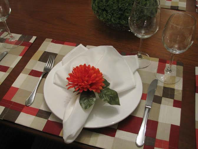 Marie Table Decor