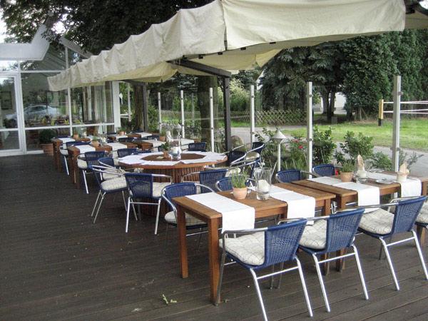 Beispiel: Terrasse, Foto: AKZENT Hotel Surendorff.