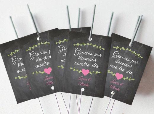 Bengalas Flourish para que vuestro amor eche chispas!!!! En una boda hay muchos detalles que son bonitos. Pero lo que nunca falla a la hora de sorprender a los invitados, son ¡las bengalas!