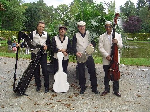 Beispiel: Bandmitglieder, Foto: Arpa Latina.