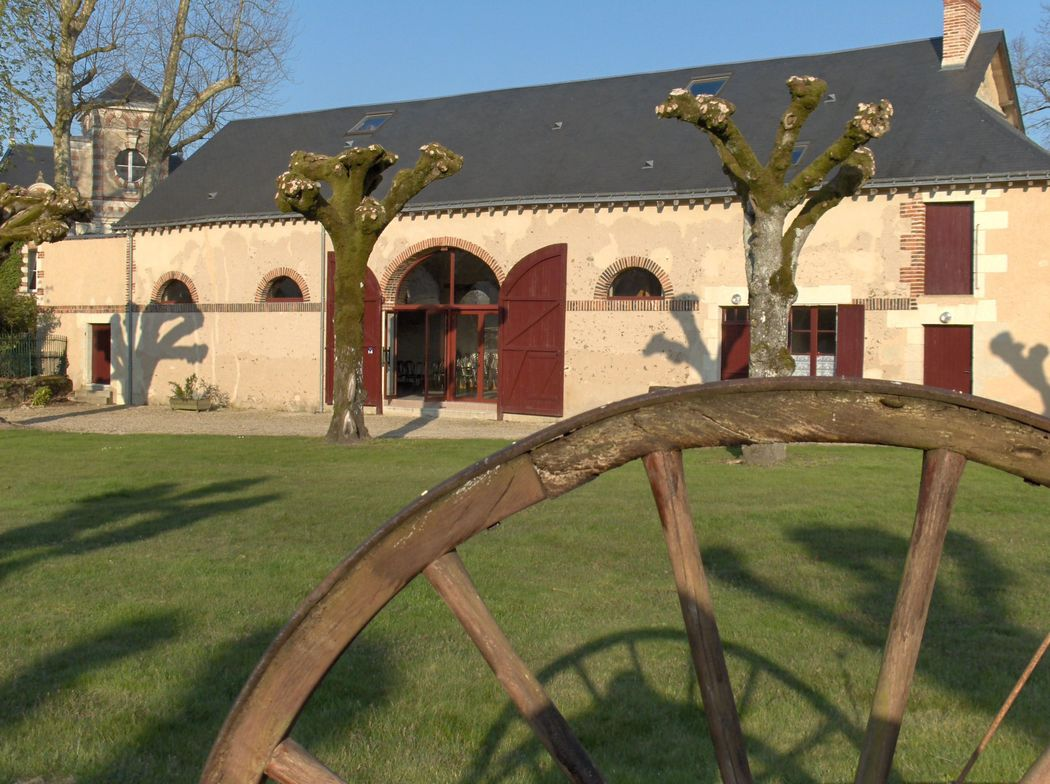 Le Domaine de la Bergerie Vue facade Salle