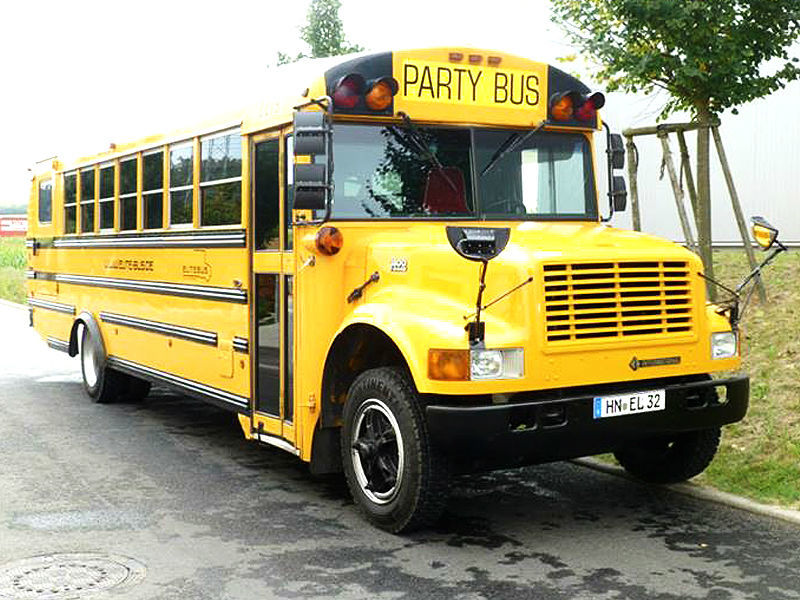 Beispiel: Partybus, Foto: EliteLimos.