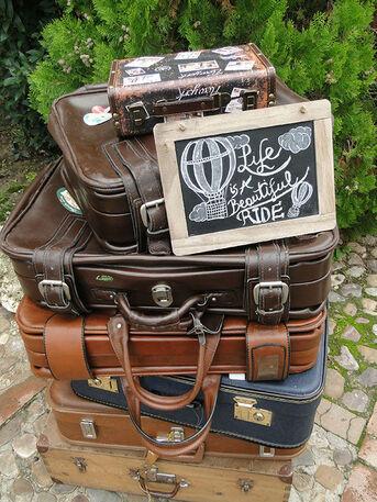 Córners de maletas en Valdepalacios