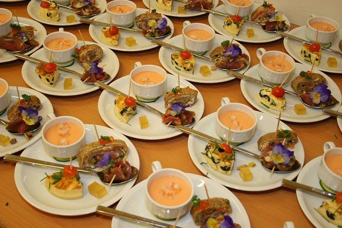 Beispiel: Erstklassige Cateringservice, Foto: Die-Erlebnishochzeit.de.
