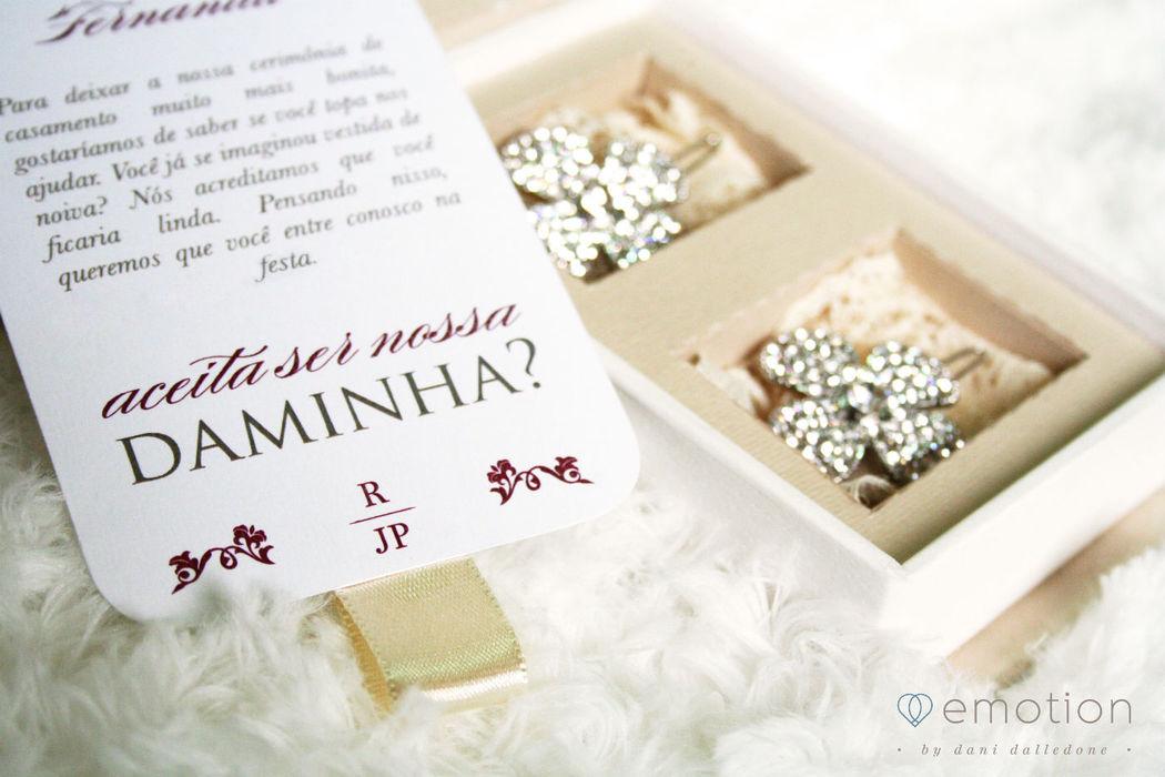 Convite Especial para daminhas - Fivelas Maria Ignez Simões Acessórios para Noivas