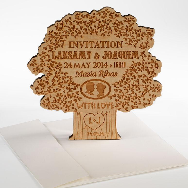 Invitación boda madera