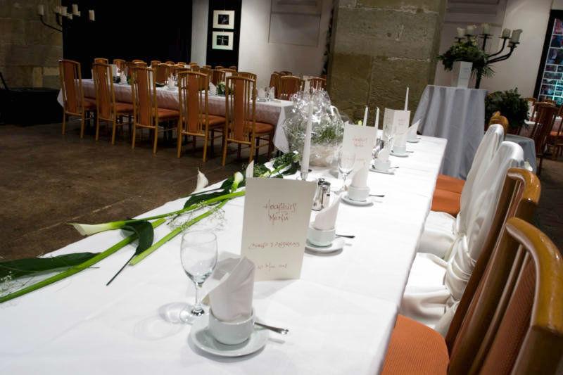Beispiel: Dekoration für Ihre Hochzeitstafel, Foto: Leerer Beutel.