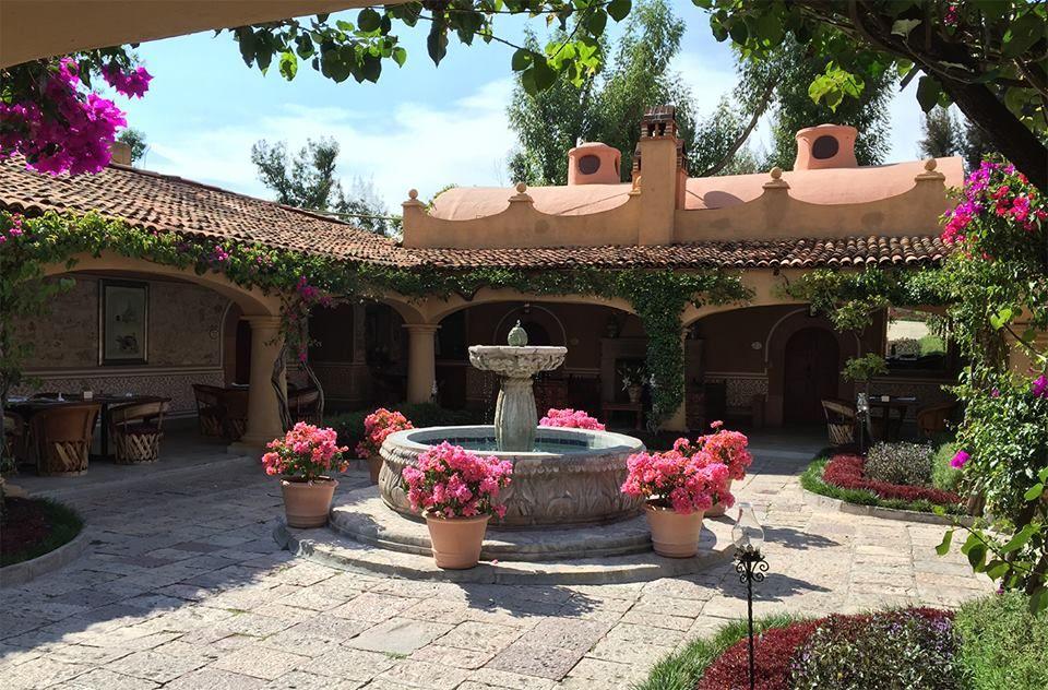 Antigua Villa Santa Mónica