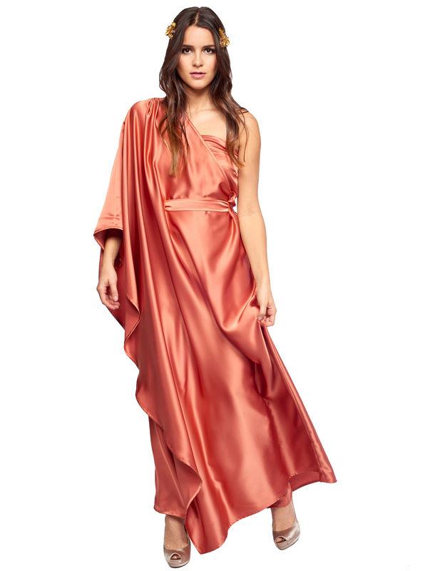 Impactante vestido de corte griego con túnica asimétrica en bronce disponible para su alquiler en varios colores y tallas: http://www.dresseos.com/alquiler-vestidos-para-fiesta-boda-o-evento-formal/vestidos-largos/vestido-largo-tunica-bronce-dresseos