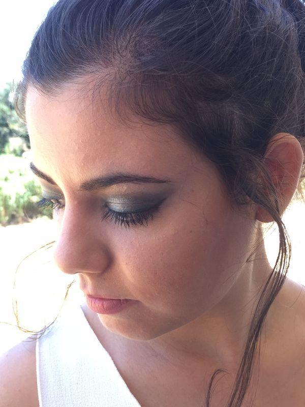 Sofia Ribeiro Make Up - com maior destaque nos olhos, uma pele perfeita e lábios mais discretos em mate.