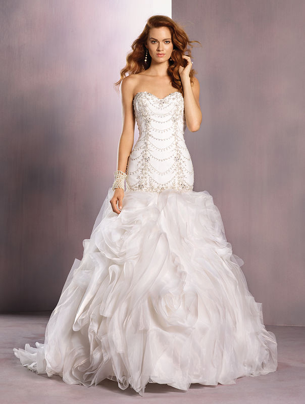 Agueda Noivas  Colecção 2016 Spring Disney Fairy Tale Weddings Bridal by Alfred Angelo