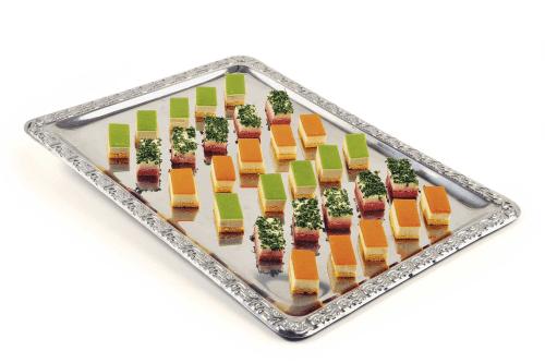 Beispiel: Herzhafte Petit fours von feinem Gemüse, Foto: Partyservice A. Rohde.