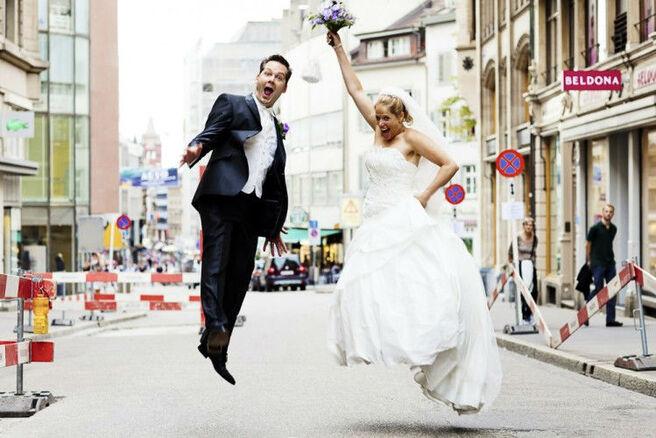Beispiel: Kreative Hochzeitsfotografie, Foto: We shoot u.