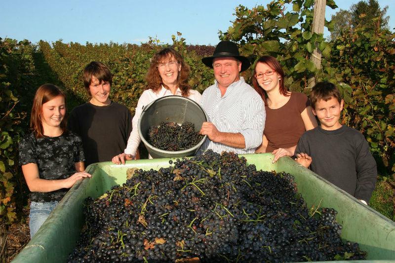 Beispiel: Familie Hornstein, Foto: Weingut Peter Hornstein.