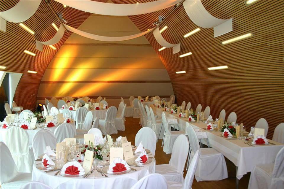 Beispiel: Hochzeitstafel, Foto: Bergschlößl Linz.