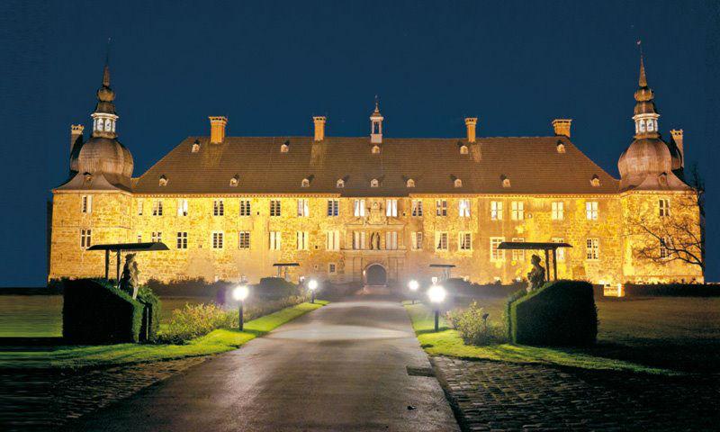 Beispiel: Schloss bei Nacht, Foto: Wasserschloss Lembeck.