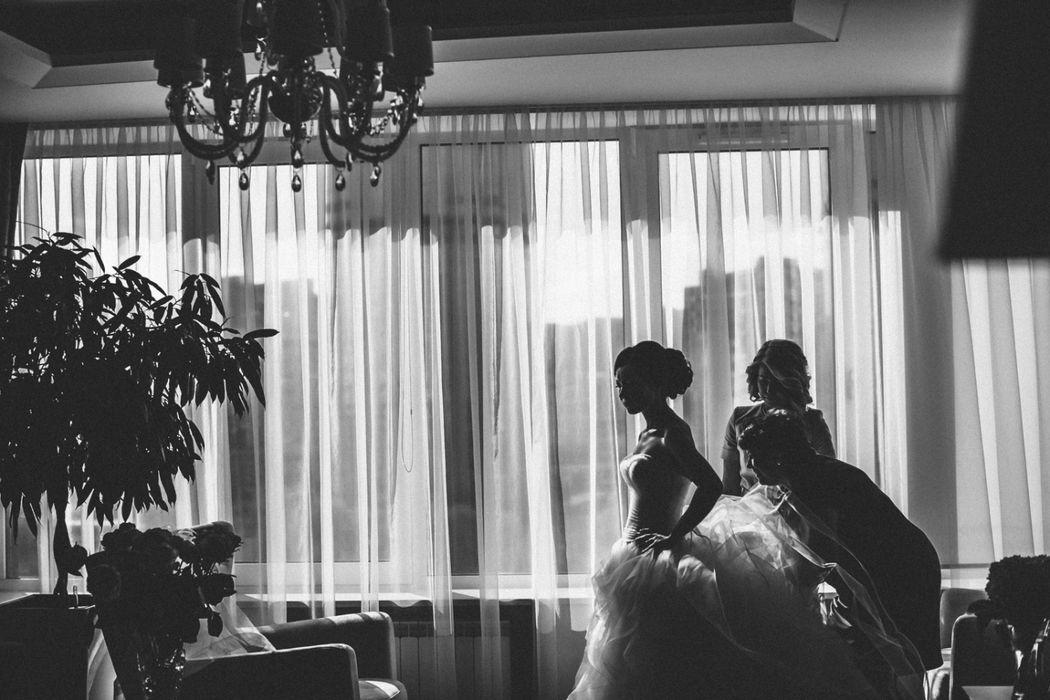 Сборы невесты. Свадебный фотограф Марина Назарова.