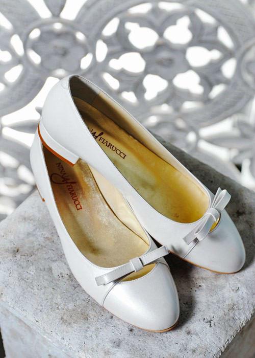 Beispiel: Brautaccessoires - Schuhe, Foto: Brautmoden An der Marktkirche.