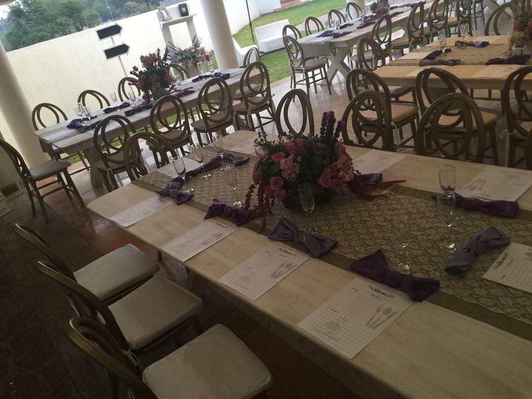 Detalles con Ángel Eventos   (Montajes con diseño de menús personalizados)