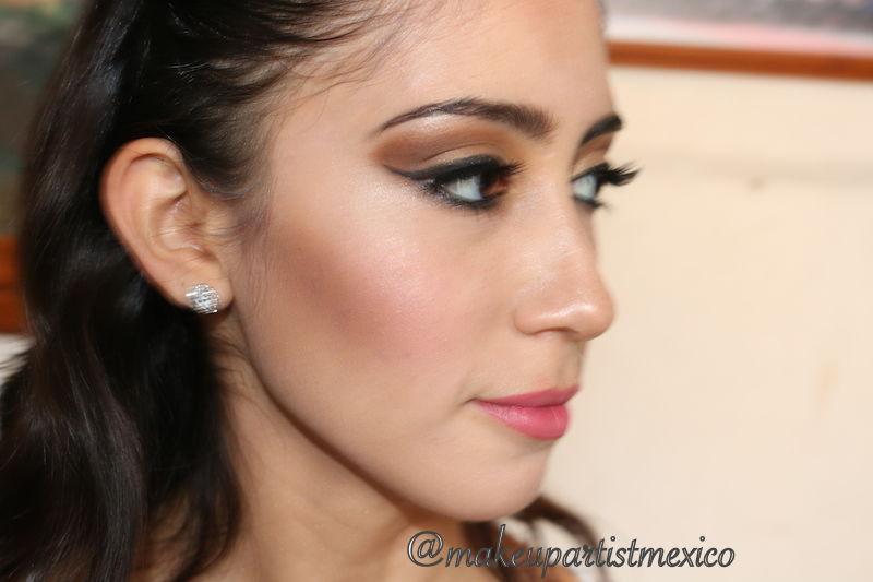 Perfilado perfecto novia natural en su look Makeup Artist Mexico.