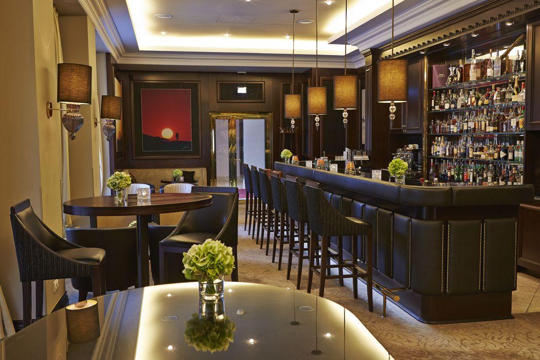 Etoile Bar