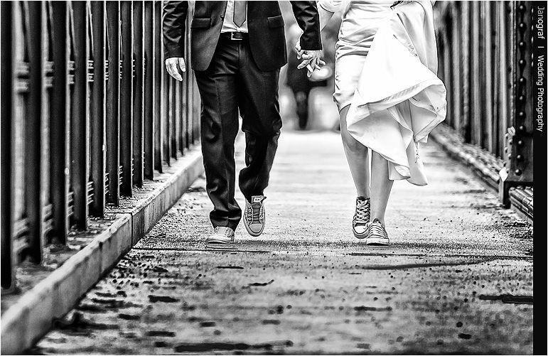 Beispiel: Kreative Hochzeitsfotos, Foto: Janograf Wedding Photography.