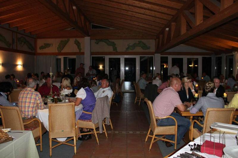 Beispiel: Feier im Clubheim, Foto: Golf Club Burg Zievel.