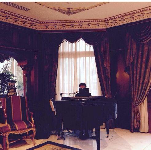 Matrimonio in un prestigioso hotel della capitale : il pianista