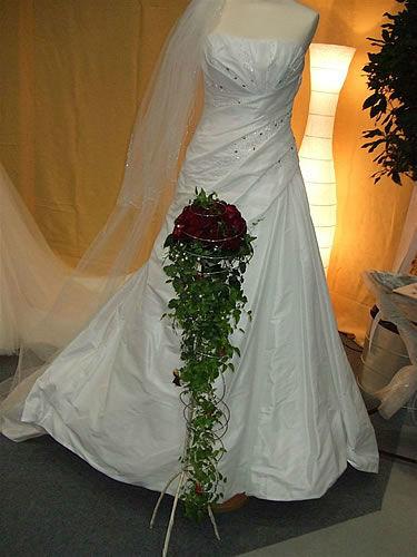 Beispiel: Brautstrauß, Foto: Gärtnerei Zobel.