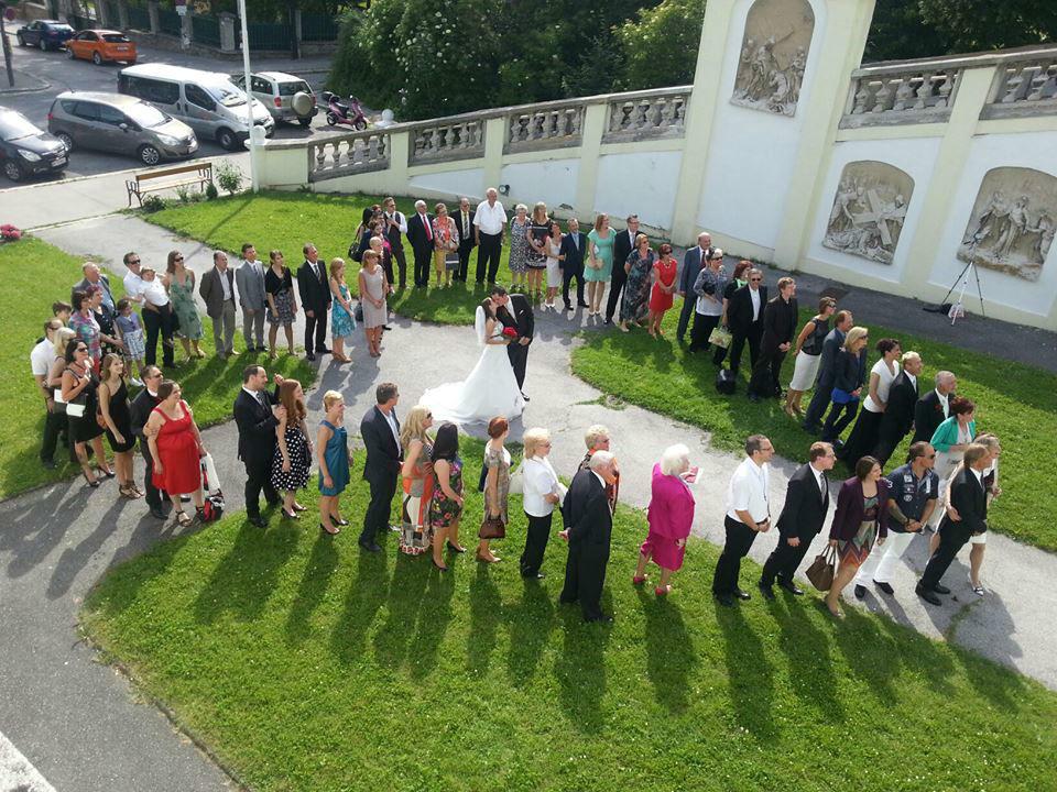 Beispiel: Hochzeitsgesellschaft, Foto: Sag doch ja.
