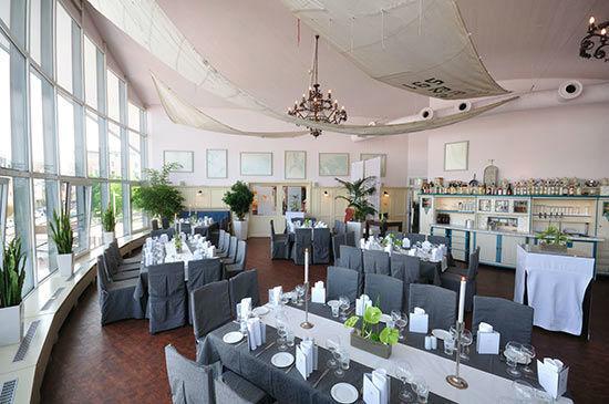 Beispiel: Bankett im Obergeschoss, Foto: Teepott-Restaurant.