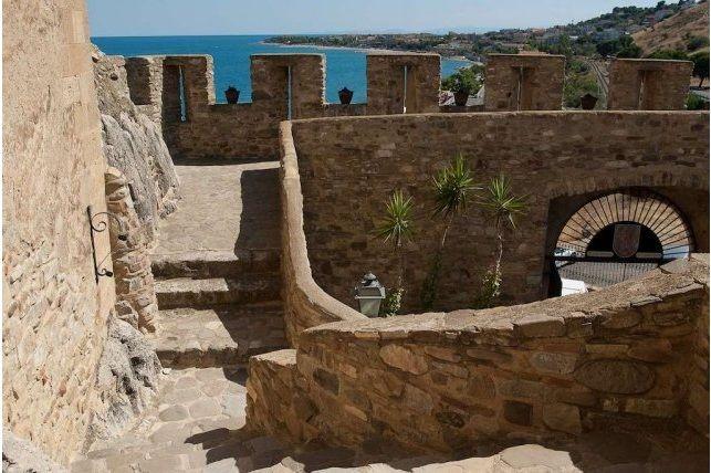Castello Federiciano di Roseto Capo Spulico