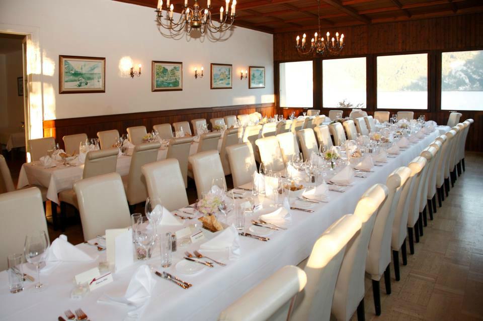 Beispiel: Hochzeitstafel, Foto: Seecafe Restaurant Spitzvilla.