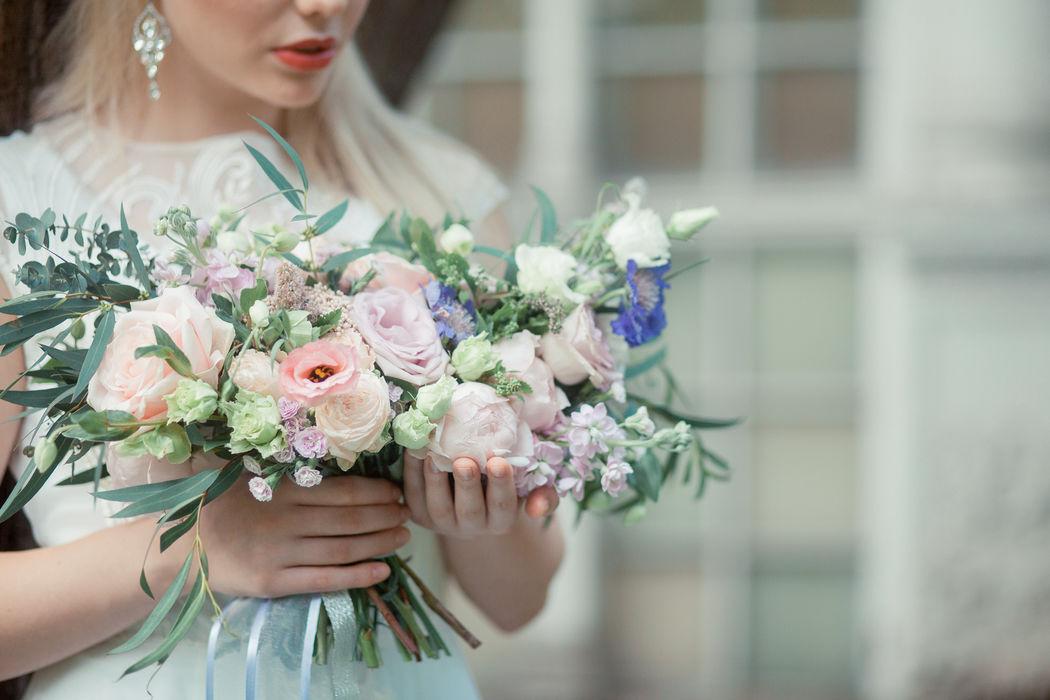 образ невесты, платье, fine art, букет невесты