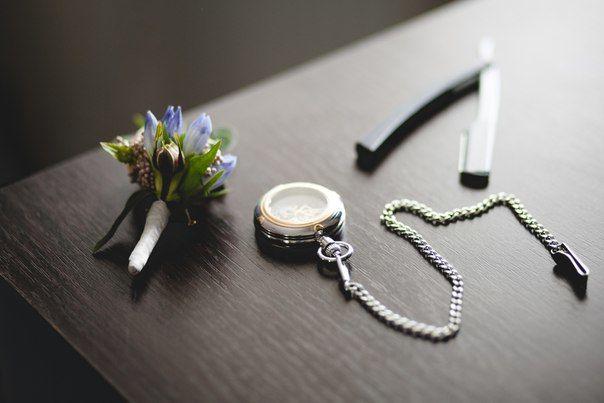 Бутоньерка, стиль жениха, флористика на свадьбу