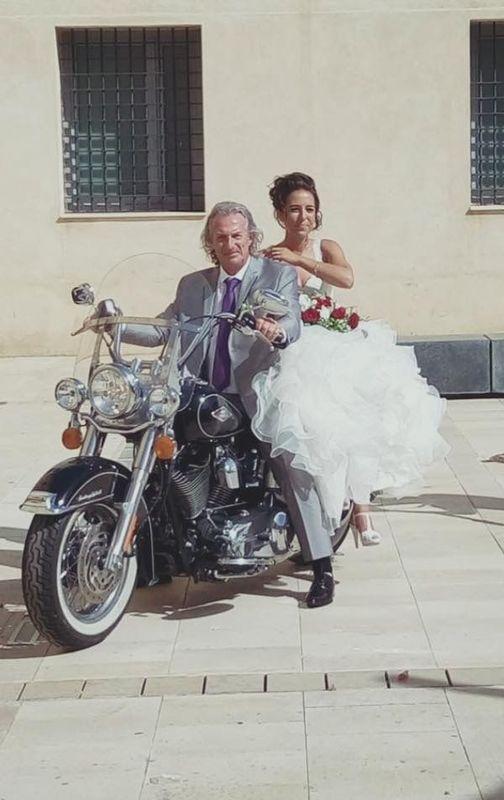 Una moto para la novia!