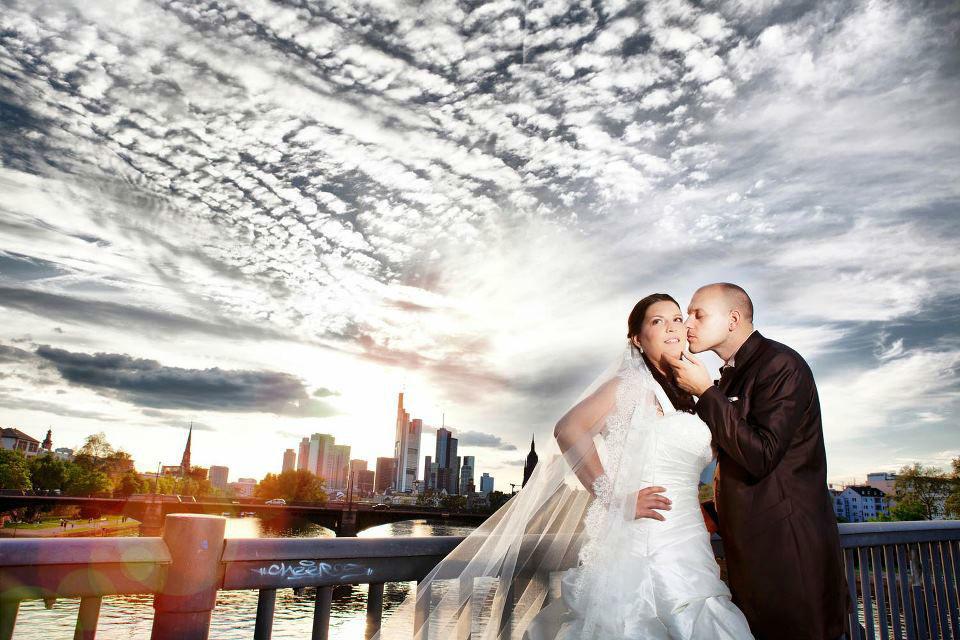 Beispiel: Hochzeitsfotografie, Foto: Lazeta Media.