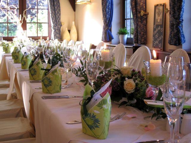 Beispiel: Hochzeitstafel, Foto: Landhaus Geliti.