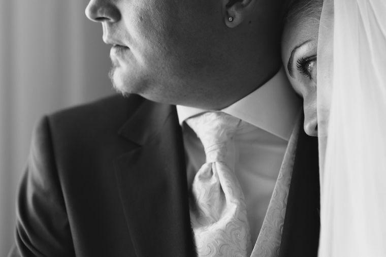 Beispiel: Intime Hochzeitsfotos, Foto: Schmidt Photography.